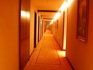 Langri Hotel