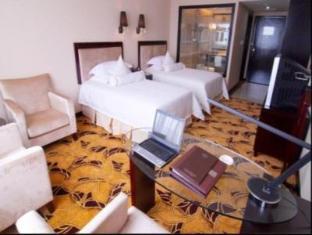 Royal Century Hotel - Room type photo