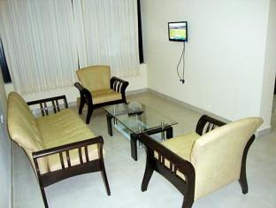 Omega Beach Resort Goa - Hotellet indefra