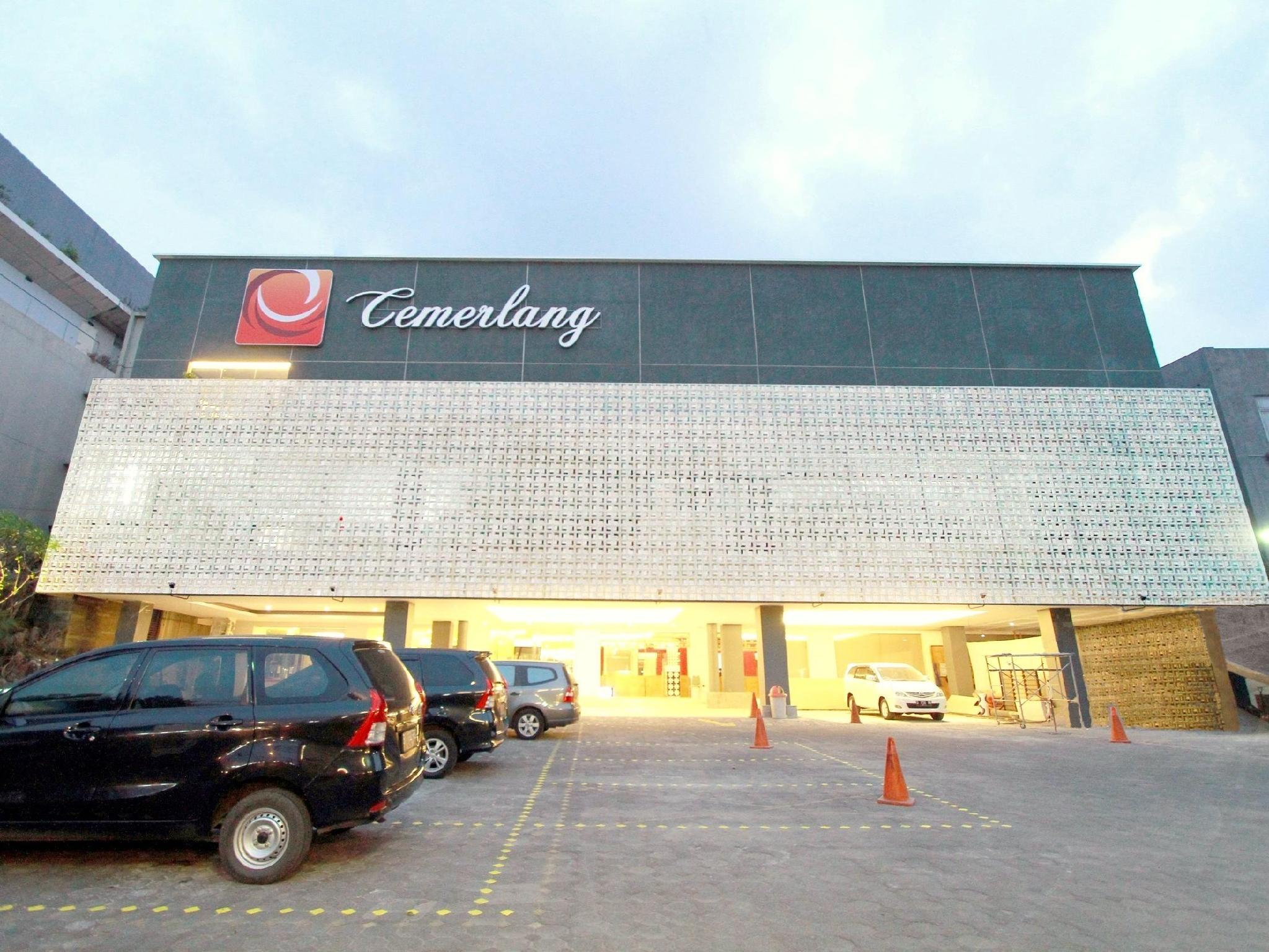 Hotel Cemerlang - Hotels and Accommodation in Indonesia, Asia