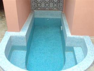 Riad la Perle de Marrakech Marrakesh - Zwembad