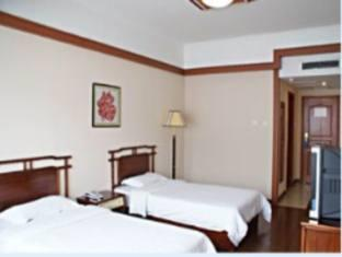 Super 8 Qingdao KuiLung - Room type photo