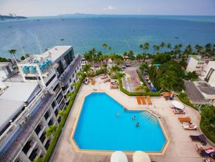 Markland Beach View Pattaya - Swimming Pool
