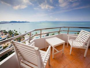 Markland Beach View Pattaya - 2 Bedroom Suite