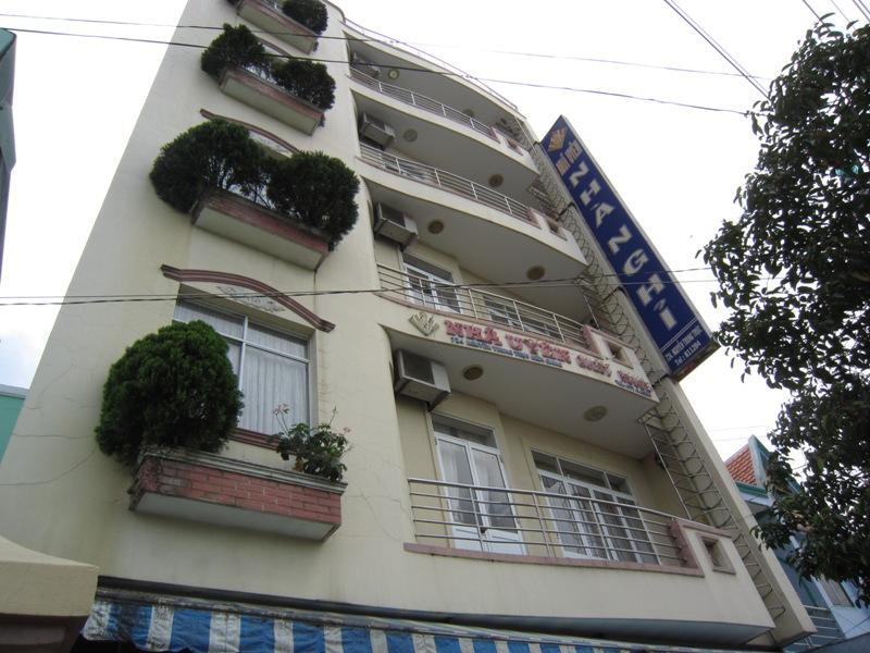 Hotell Nha Uyen Hotel