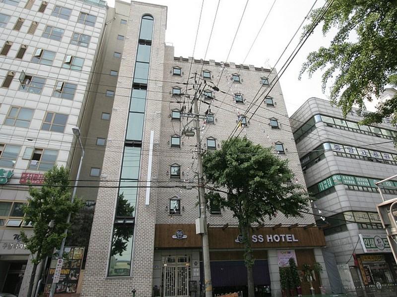 โรงแรม ซางซัง  (SangSang Hotel)