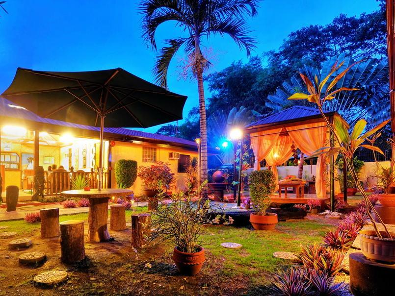 Tres Pension House - Hotels and Accommodation in Philippines, Asia