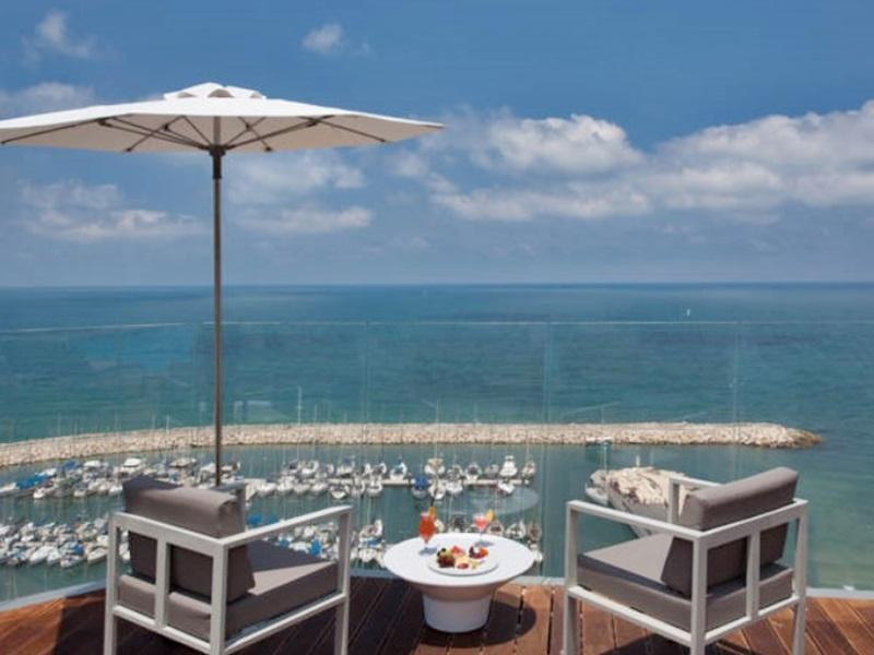 Carlton Tel Aviv Hotel – Luxury on the Beach - Hotels and Accommodation in Israel, Middle East