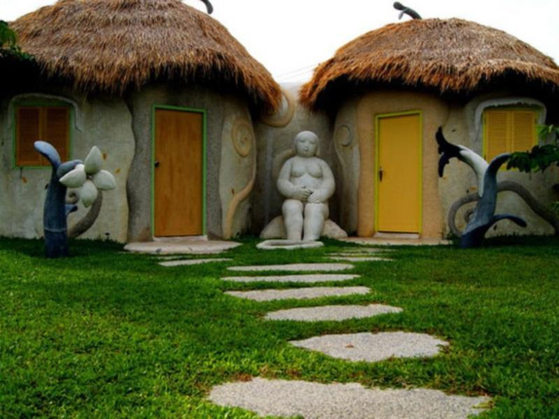 Naidee Sculptured Huts @ Vic Hua Hin - Hotels and Accommodation in Thailand, Asia