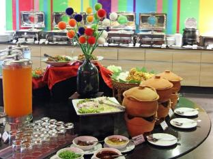 Ibis Styles Chiang Mai Hotel Chiang Mai - Food, drink and entertainment