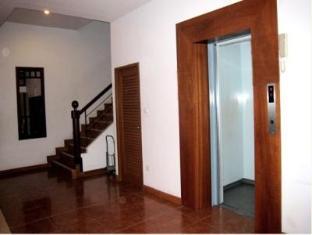 Sunview Place Pattaya - Elevator