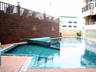 Sunview Place Pattaya - Swimming Pool