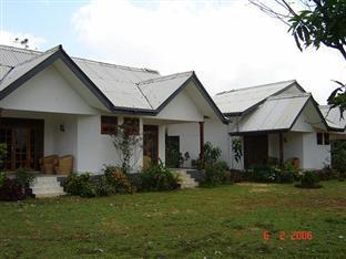 Kandalama Lake resort - Hotels and Accommodation in Sri Lanka, Asia