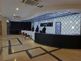 Zhongrui Huayi Hotel