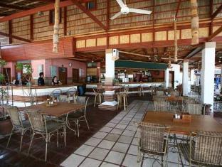 Club Mabuhay Lalaguna Resort & Dive Center Puerto Galera - Restaurant