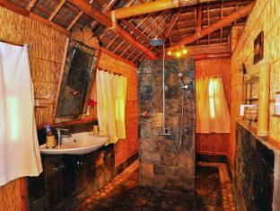 The Coral Blue Oriental Villas & Suites סבו - חדר אמבטיה