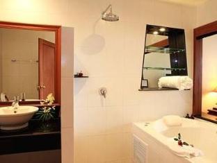 Layalina Hotel Phuket Phuket - Bilik Mandi