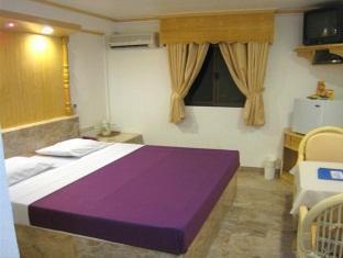 Clarkton Hotel - Room type photo