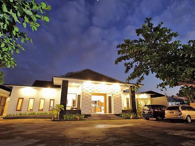 Giri Hotel Lombok - Hotels and Accommodation in Indonesia, Asia