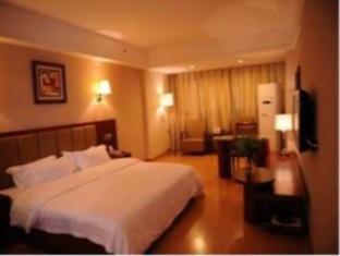 Super 8 Hotel Jiaxing PingHuShangJin - More photos