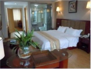 Super 8 Hotel Jiaxing PingHuShangJin