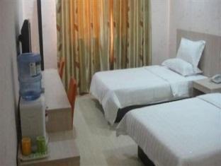 Super 8 Hotel Weihai JingQuDaQing Road - More photos