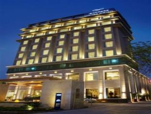 Express Sarovar Portico Hotel