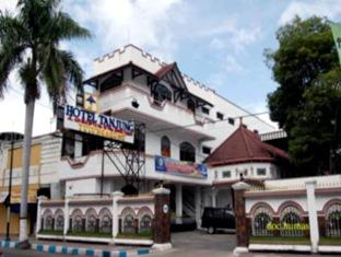 Hotell Hotel Tanjung Tulungagung