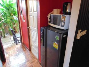 Cocco Resort Pattaya - Fridge boiler microwave