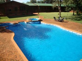 Toucan Lodge Guest House Puerto Iguazu - Swimming Pool