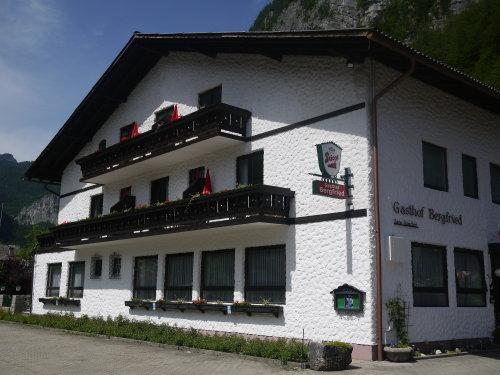 Gasthof Bergfried Hotel هالستات - المظهر الخارجي للفندق