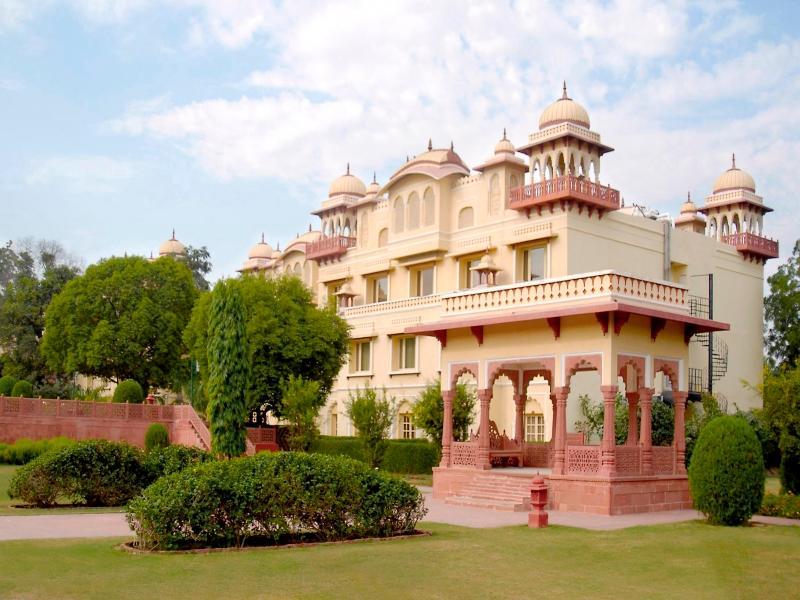 Jai Mahal Palace Hotel - Hotell och Boende i Indien i Jaipur