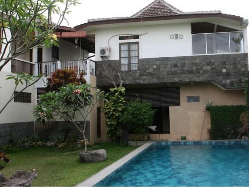 Rumah Kayen Homestay Yogyakarta