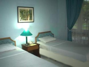 Room photo 3 from hotel Grand Trisula Hotel City Resort