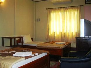 Cheuang Van Na Vong1 Vientiane - A/C room