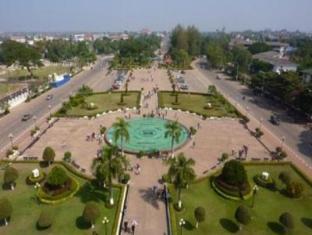 Cheuang Van Na Vong1 Vientiane - Surroundings