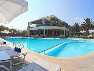 Elysion Hotel Lesvos - Swimming Pool