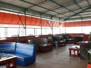 Kesawan Hotel Medan - Open Air Lounge