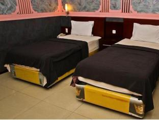 Kesawan Hotel מדאן - חדר שינה
