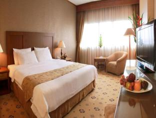 Danau Toba Hotel International Medan - Phòng khách