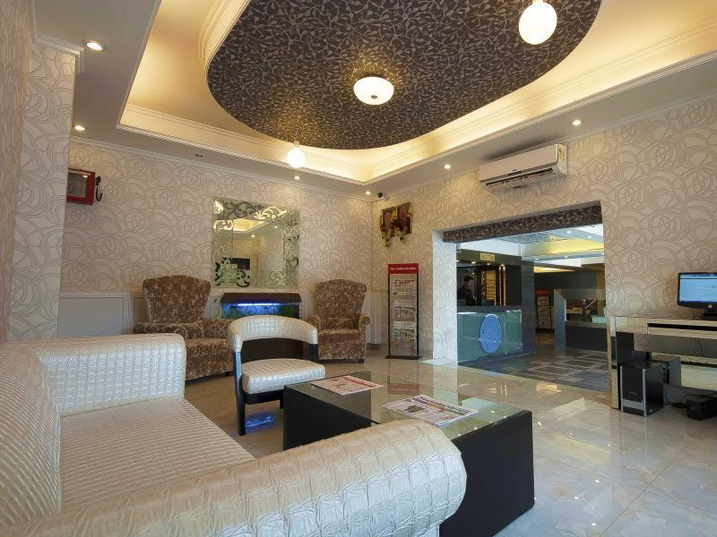 Hotel Pitrashish Grand - Hotell och Boende i Indien i New Delhi And NCR