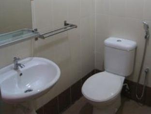 Fresh Hotel Falim Ipoh - Bathroom