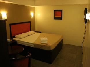 Toilena Room and Board Manila - Executive