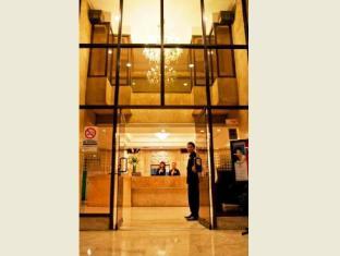 Cherry Blossoms Hotel Manila מנילה - כניסה