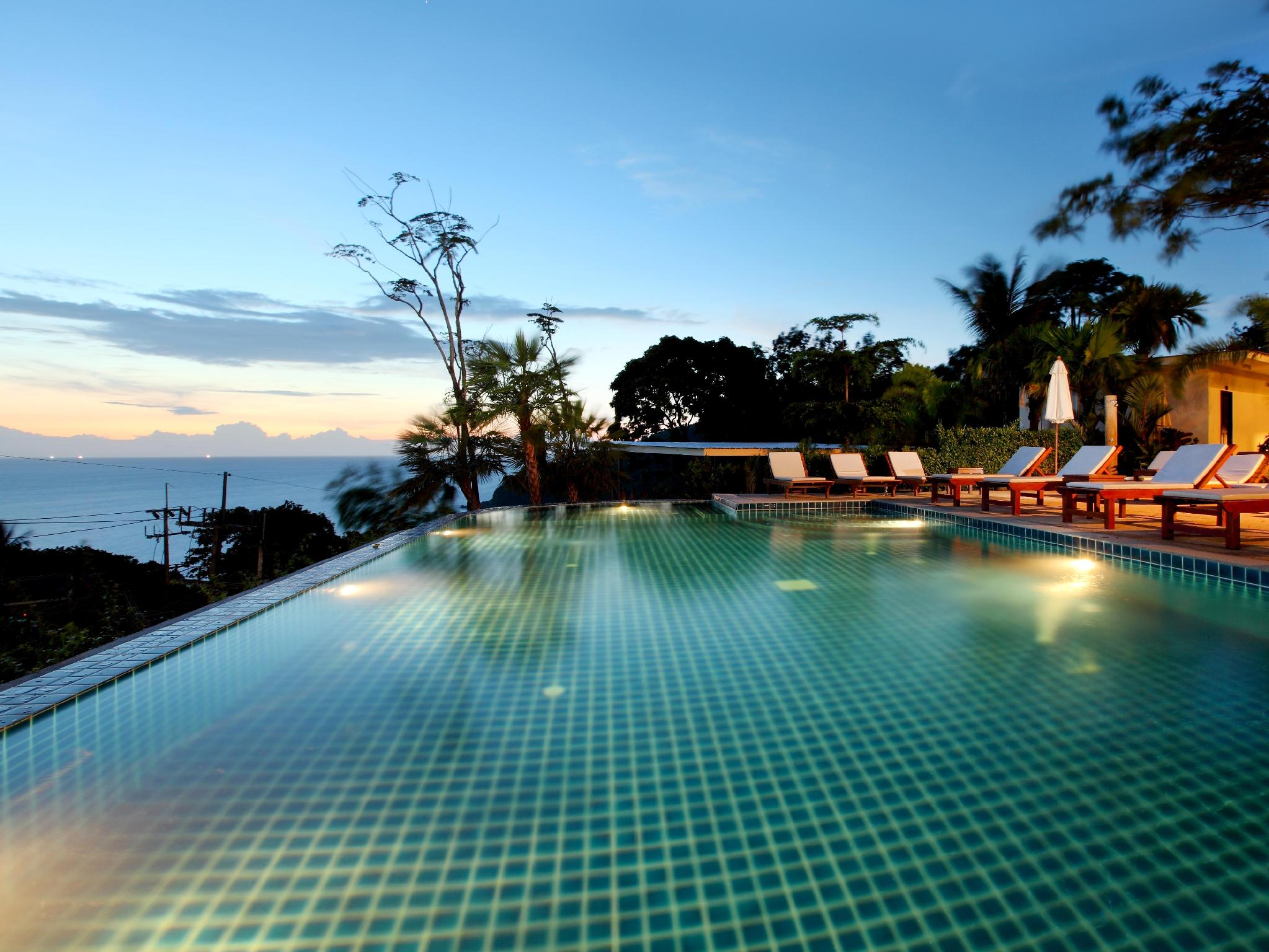 Secret Cliff Villa Phuket - bazen