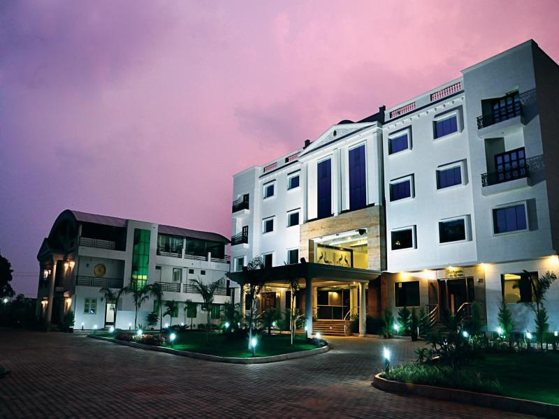 The Sai Leela - Hotel and accommodation in India in Bengaluru / Bangalore