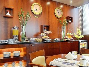 Golden Sands Hotel Apartments Dubai - Food, drink and entertainment
