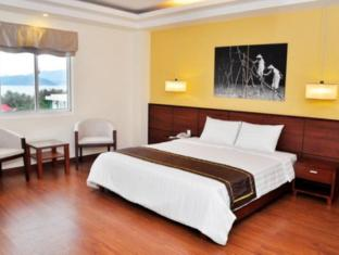 Golden Summer - Ha Vang Hotel - Room type photo