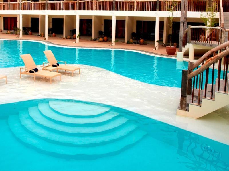 Bluewater Panglao Beach Resort بوهول