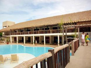 Bluewater Panglao Beach Resort Bohol - Bazen